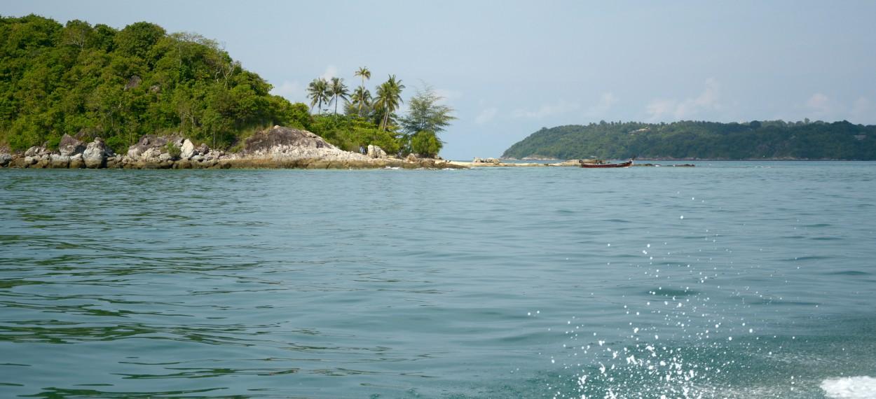 上次给大家介绍的是甲米海滩 这次是普吉岛
